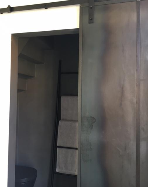 douche-en-wc-in-de-badkamer